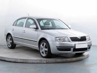 Škoda Superb 2.5 TDI 114kW sedan nafta