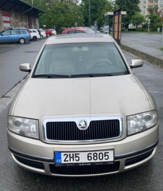 Škoda Superb 2.5 TDI 120kw sedan