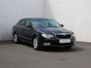 Škoda Superb 2.0 TDi, Serv.kniha, ČR sedan nafta