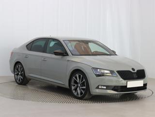 Škoda Superb 2.0 TSI 200kW sedan benzin