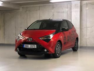 Toyota Aygo 1,0 SELECTION X-CITE hatchback benzin