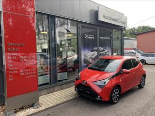 Toyota Aygo 1,0 VVT-i X-Play + Style hatchback benzin