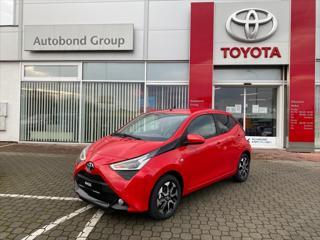 Toyota Aygo 1.0 x-play + Style hatchback benzin