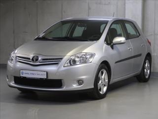 Toyota Auris 1,6 VVT-i,CZ,1Maj hatchback benzin