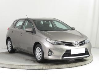Toyota Auris 1.3 Dual VVT-i 73kW hatchback benzin