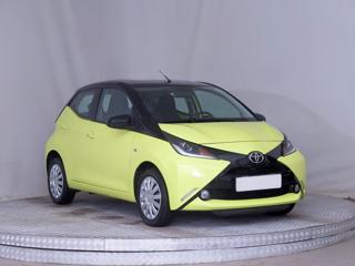 Toyota Aygo 1.0 51kW hatchback benzin