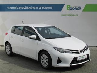 Toyota Auris 1,3 VVT-i 6RYCHL. LED denní ČR hatchback benzin