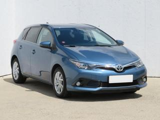 Toyota Auris 1.2 Turbo 85kW hatchback benzin