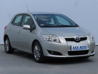 Toyota Auris 1.3 Dual VVT-i 74kW hatchback benzin