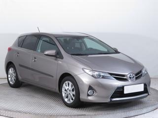 Toyota Auris 1.6 Valvematic 97kW hatchback benzin