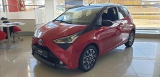 Toyota Aygo 1,0 VVT-I 5M/T  Selection x-cite hatchback benzin