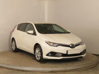 Toyota Auris 1.6 Valvematic 97kW kombi benzin