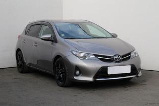 Toyota Auris 1.8 kombi hybridní