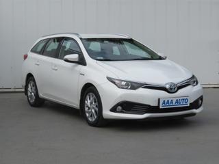 Toyota Auris Hybrid 100kW kombi benzin