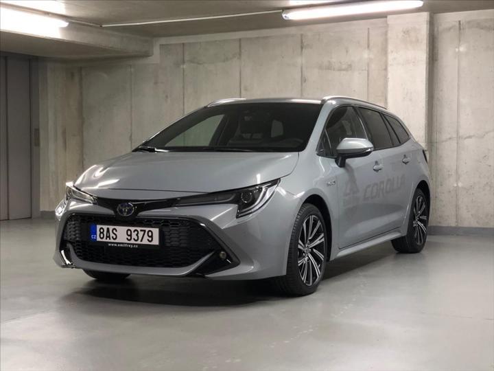 Toyota Corolla 1,8 HYBRID COMFORT STYLE TECH kombi hybridní - benzin
