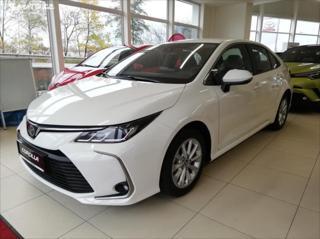 Toyota Corolla 1.6 VVT-i Comfort sedan benzin
