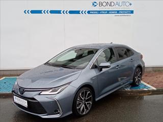 Toyota Corolla 1,8 HSD, Executive, paket VIP sedan hybridní - benzin