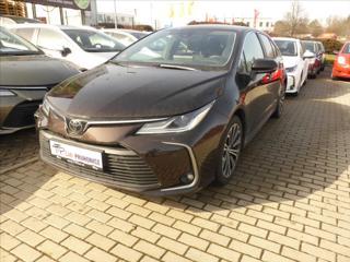 Toyota Corolla 1,6 i  Comfort Style Tech A/T sedan benzin