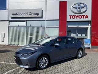 Toyota Corolla 1,8 Hybrid Comfort Tech + TZ sedan hybridní - benzin
