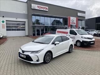 Toyota Corolla 1,8 COMFORT STYLE sedan hybridní - benzin