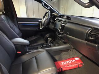 Toyota Hilux 2,8 DC  6A/T 4x4 INVINCIBLE pick up nafta - 13