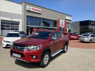 Toyota Hilux 2,4 Executive SUV nafta