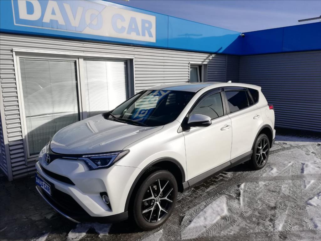 Toyota RAV4 2,0 i 4x4 Automat CZ Serv.kniha SUV benzin