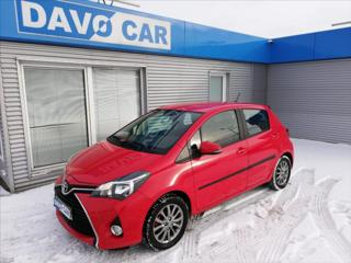 Toyota Yaris 1,3 VVTi CZ 1.Maj Serv.kniha hatchback benzin