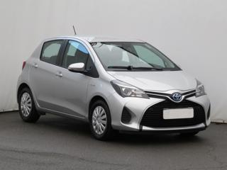 Toyota Yaris 1.5 Hybrid 74kW hatchback benzin