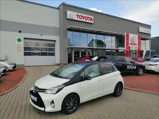 Toyota Yaris 1,5 HYBRID AUTOMAT hatchback hybridní - benzin