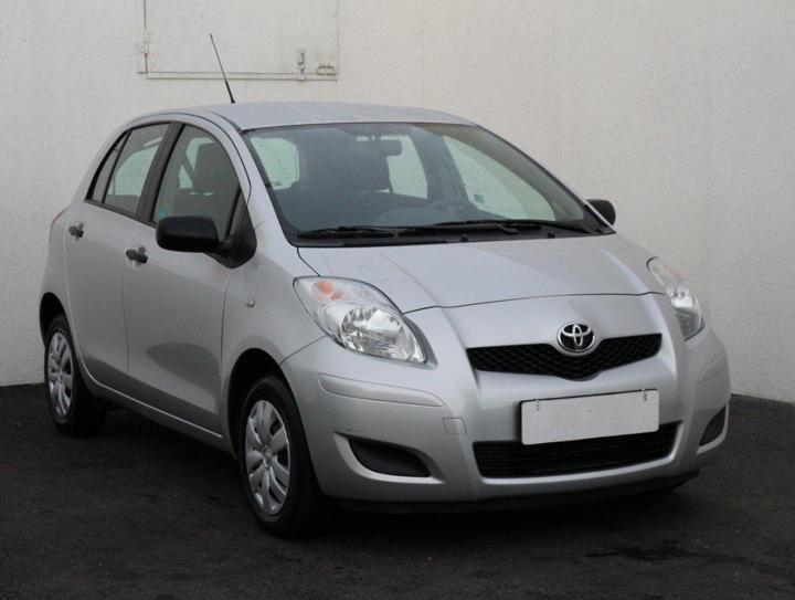 Toyota Yaris 1.0 i, ČR hatchback benzin