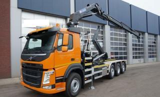 Volvo FM 420 8x2 JNK + HR EURO 6 pro přepravu kontejnerů