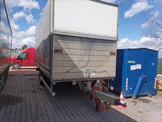 Ostatní 0,0 10 tun  přívěs pro nákladní valník nafta
