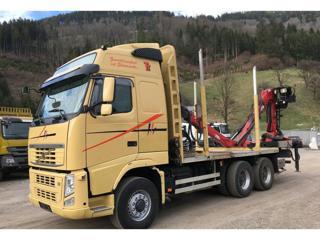 Volvo FH500 EEV 6x6 lesovůz pro přepravu dřeva