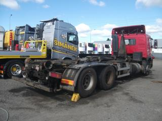 Volvo KONTAJNER pro přepravu kontejnerů