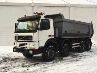Volvo 8x4 sklápěč