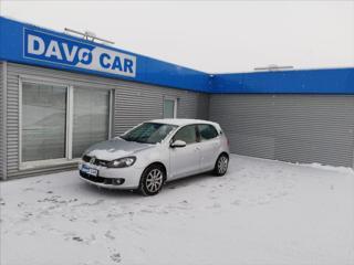 Volkswagen Golf 1,6 TDI Aut.klima 1.Maj Serv.kniha hatchback nafta