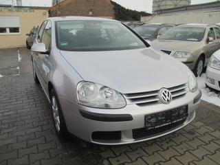 Volkswagen Golf 1,6 MPI hatchback