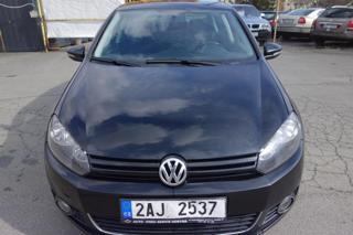 Volkswagen Golf 1.2 TSI 63 kW ČR ! KRÁSNÝ ! hatchback