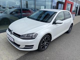 Volkswagen Golf 1,4   HighLine TSI hatchback benzin