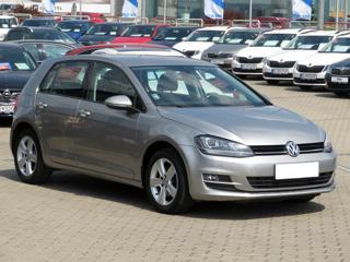Volkswagen Golf 2.0 TDI 110kW hatchback nafta