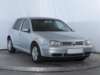 Volkswagen Golf 1.6 74kW hatchback benzin