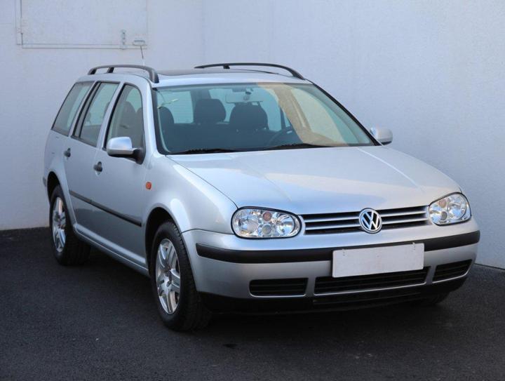 Volkswagen Golf 1.4i hatchback benzin
