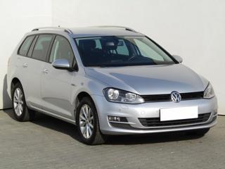 Volkswagen Golf 2.0TDi, 1.maj, Serv.kniha, ČR kombi nafta