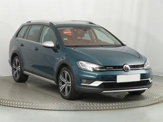 Volkswagen Golf 1.8 TSI 132kW kombi benzin