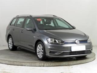 Volkswagen Golf 1.5 TSI 96kW kombi benzin