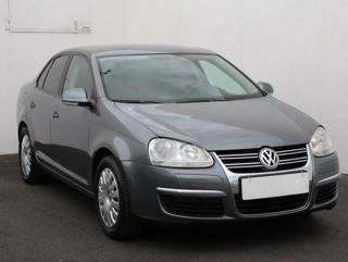 Volkswagen Jetta 1.4 TSi sedan benzin