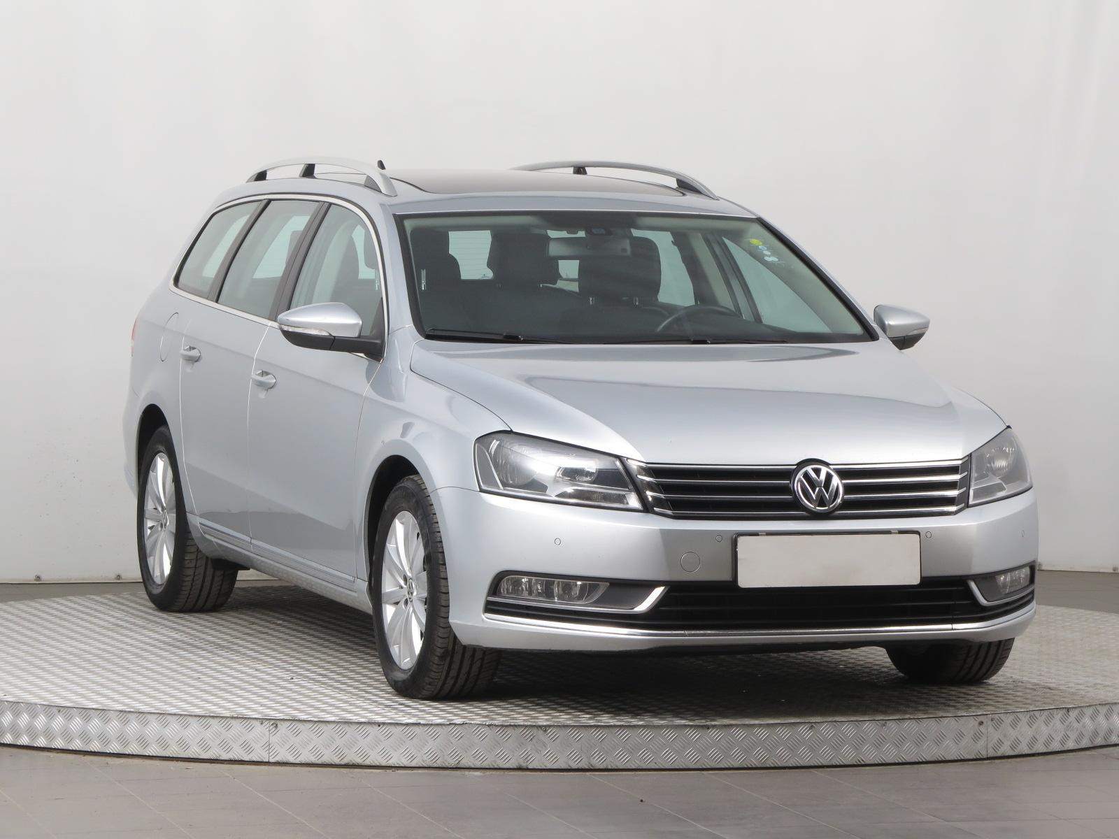 Volkswagen Passat 2.0 TDI 100kW kombi nafta