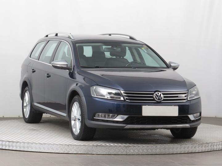 Volkswagen Passat 2.0 TDI 130kW kombi nafta