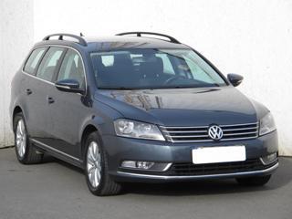 Volkswagen Passat 1.6 TDi 77kW kombi nafta - 1